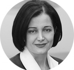 "<p class=""team_name"">Arghavan Gerami</p>M.A., J.D., LL.M.<br />Barrister-at-Law<br />Managing Director"